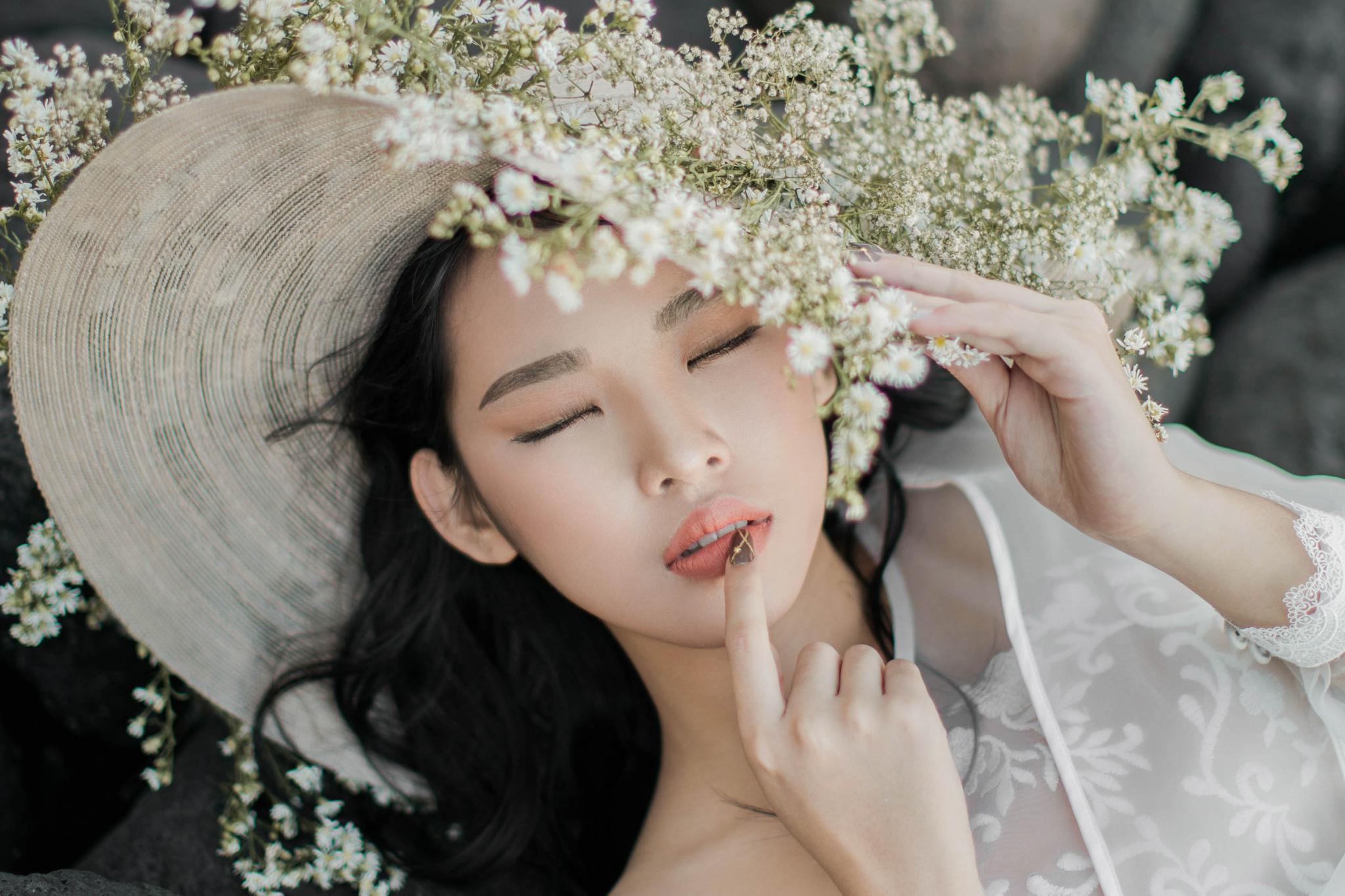 Make Up Artist Surabaya Nina Chen